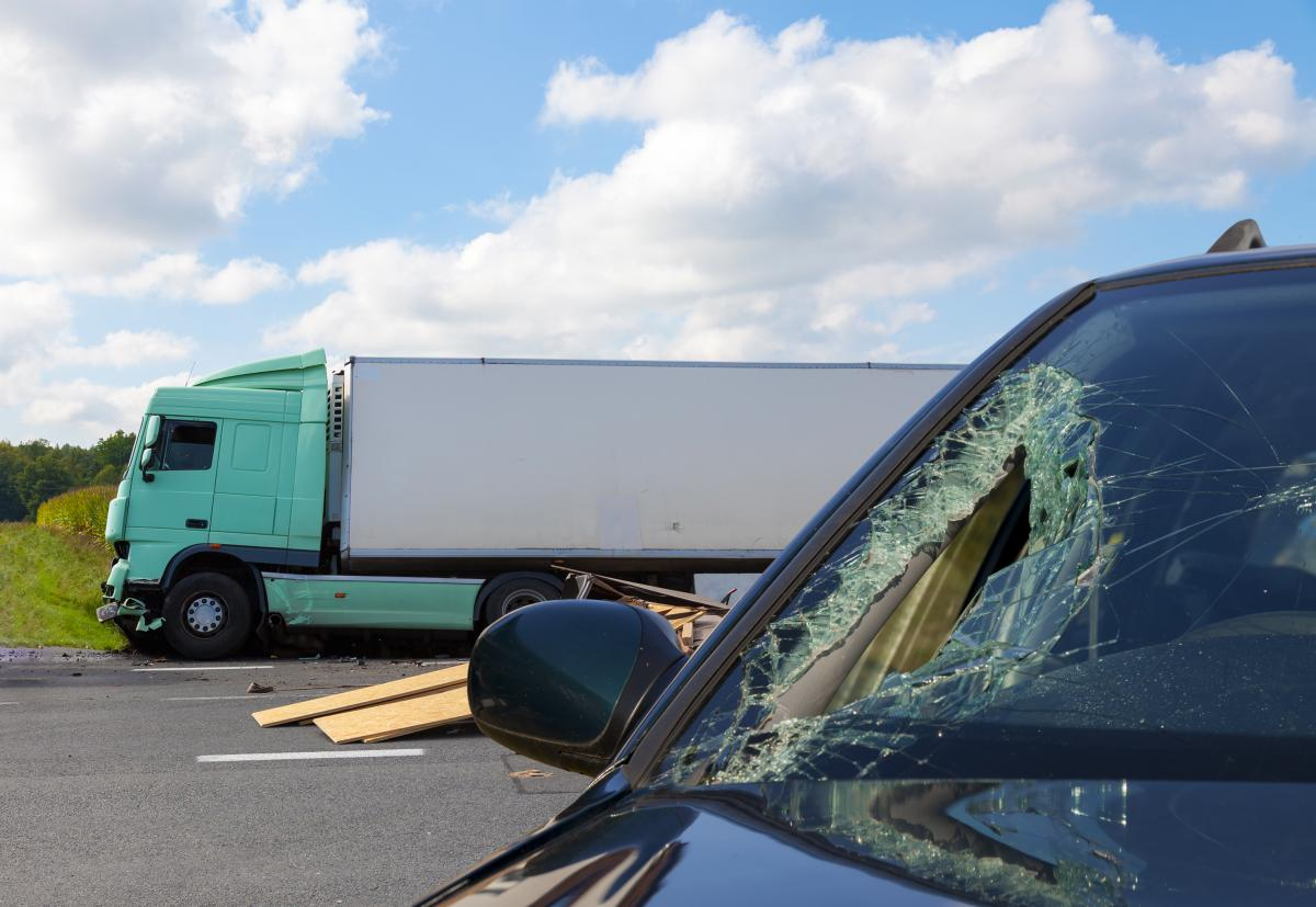 COMMERCIAL VEHICLE ACCIDENTS/TRUCKING ACCIDENTS | Insurance Defense